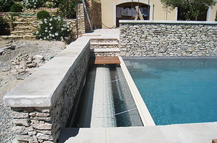 Batik construction neuve r novation luberon for Construction piscine 04