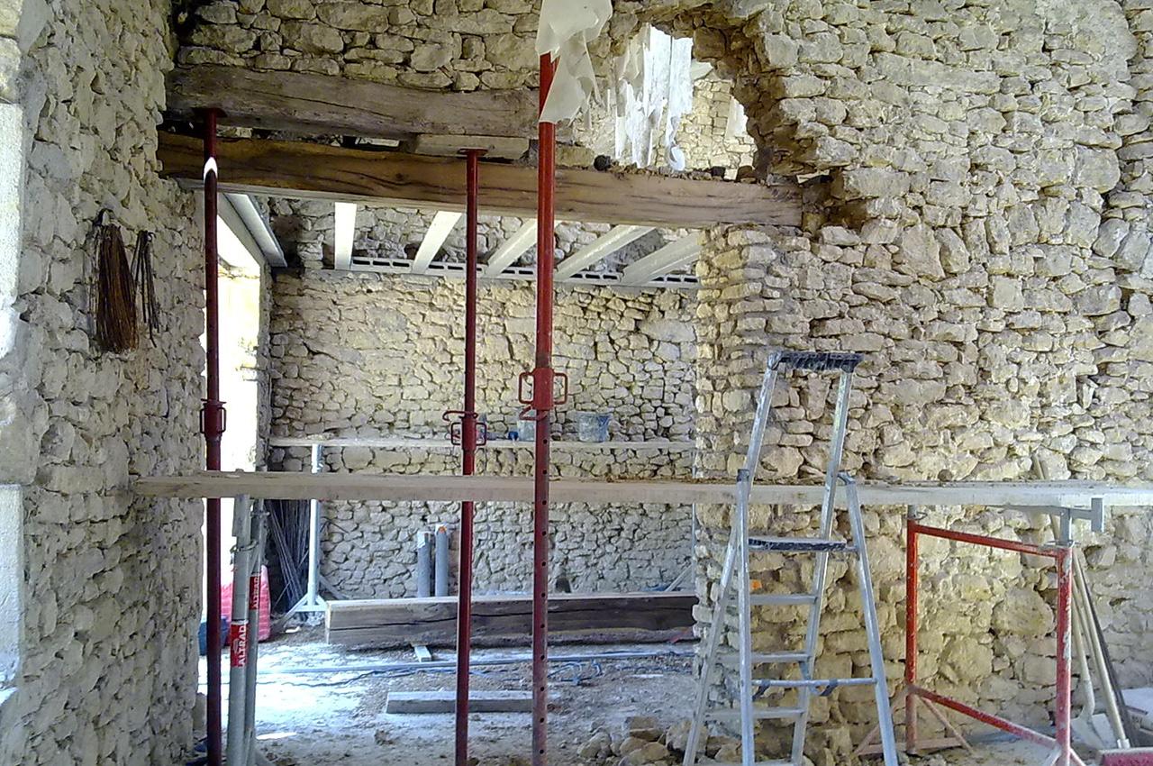 Batik construction neuve r novation luberon alpilles r habilitation - Amenagement de grange ...